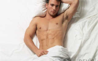 Как ведут себя в постели мужчины разного возраста