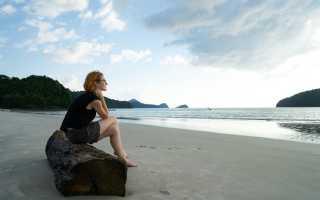 Почему вечером становится грустно — мнения психологов