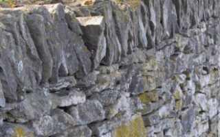 Как сделать каменный забор своими руками – пошаговая инструкция с фото и видео