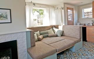 Спальное место на кухне: особенности оформления интерьера, фото-идеи оригинальных решений
