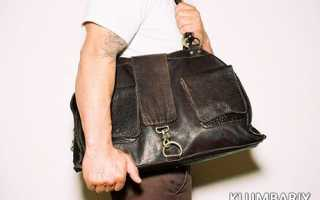 Почему мужчине нельзя носить женскую сумку
