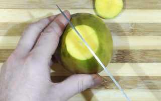 Как правильно почистить и порезать манго с косточкой в домашних условиях: описание основных способов
