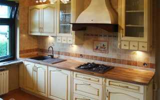 Кухня с патиной на кухонном гарнитуре и мебели: что это такое, особенности оформления интерьера, фото